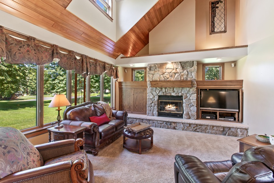 Real Estate Photography - 1289 Paris Ave North, Stillwater, MN, 55082 - Living Room
