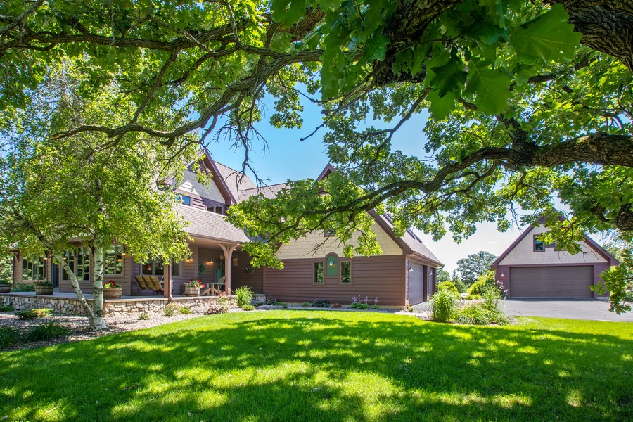 Real Estate Photography - 1289 Paris Ave North, Stillwater, MN, 55082 - Front View