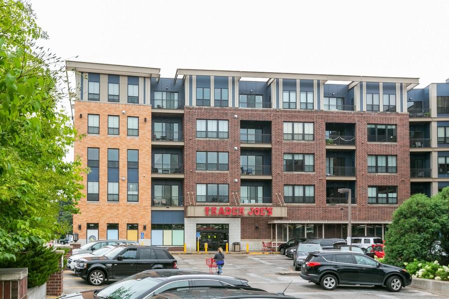 Real Estate Photography - 4530 Park Commons Dr, Unit 320, St Louis Park, MN, 55416 - Location 3