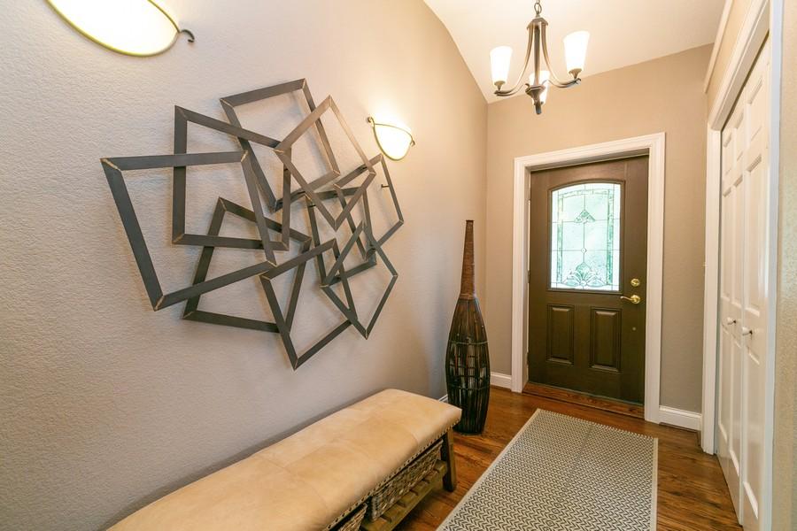 Real Estate Photography - 18978 Embry Ave, Farmington, MN, 55124 - Entryway