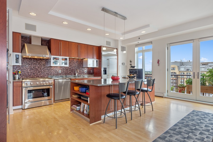 Real Estate Photography - 401 North 2nd Street, #701, Minneapolis, MN, 55401 - Kitchen