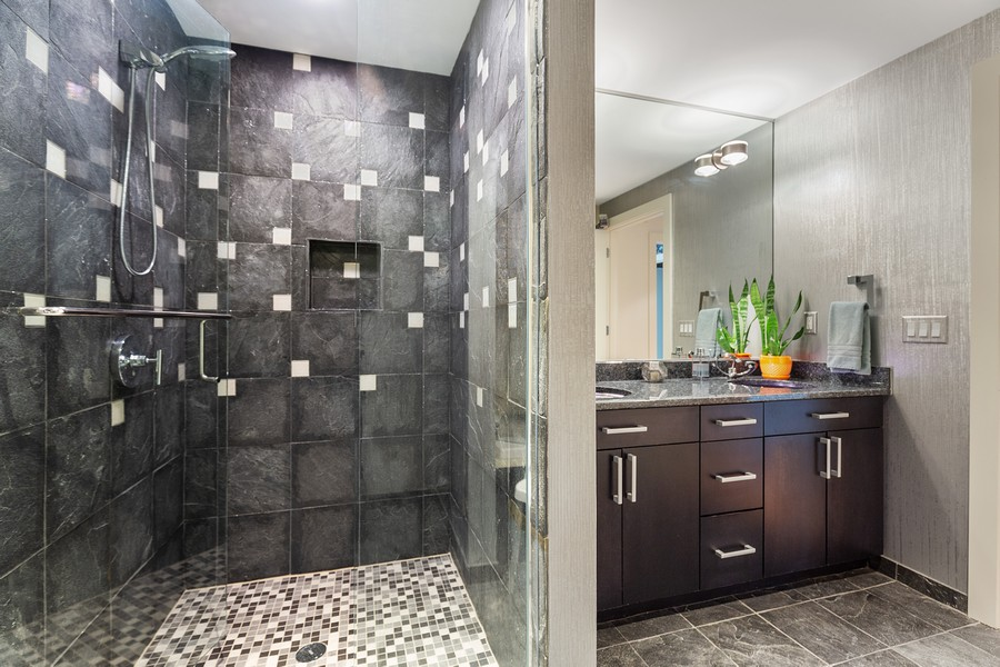 Real Estate Photography - 401 North 2nd Street, #701, Minneapolis, MN, 55401 - Bathroom