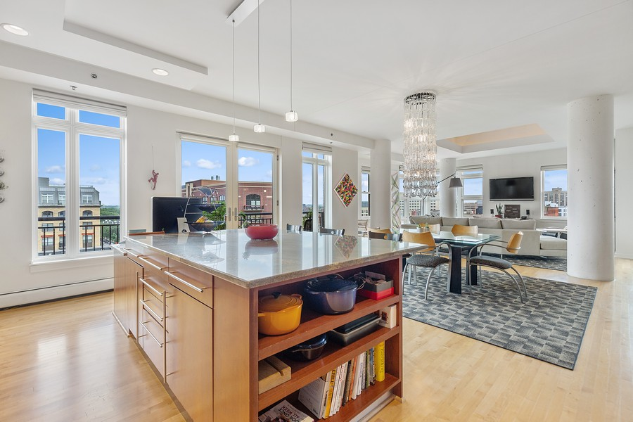 Real Estate Photography - 401 North 2nd Street, #701, Minneapolis, MN, 55401 - Kitchen / Dining Room