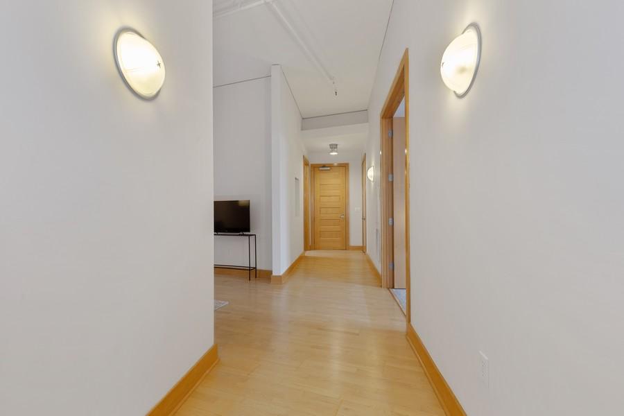 Real Estate Photography - 100 2nd Street NE #A350, Minneapolis, MN, 55413 - Foyer