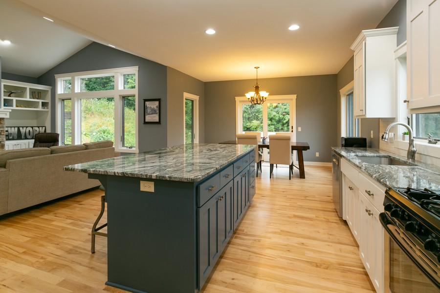 Real Estate Photography - 1040 10th st N, Hudson, WI, 54016 - Kitchen