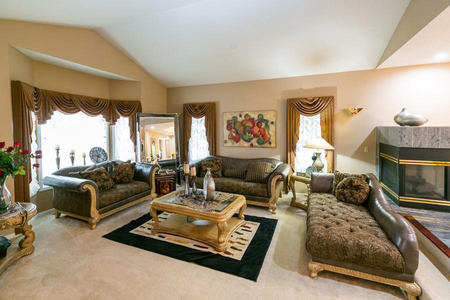 Real Estate Photography - 9046 Edinburgh Ln, Woodbury, MN, 55125 - Living Room