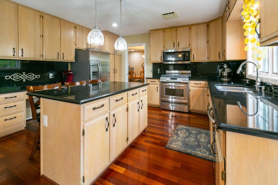 Real Estate Photography - 9046 Edinburgh Ln, Woodbury, MN, 55125 - Kitchen