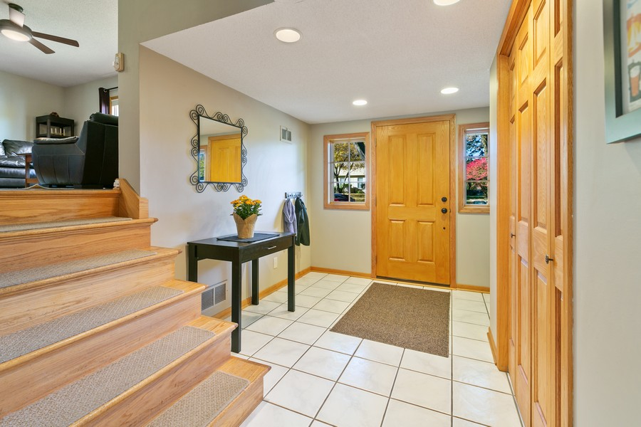 Real Estate Photography - 5717 Dale Ave, Edina, MN, 55436 - Entryway