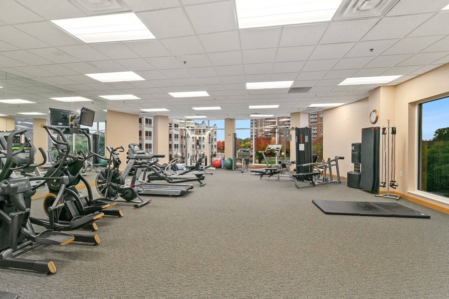 Real Estate Photography - 6600 Lyndale Ave S, Unit 1204, Richfield, MN, 55423 - Exercise Room