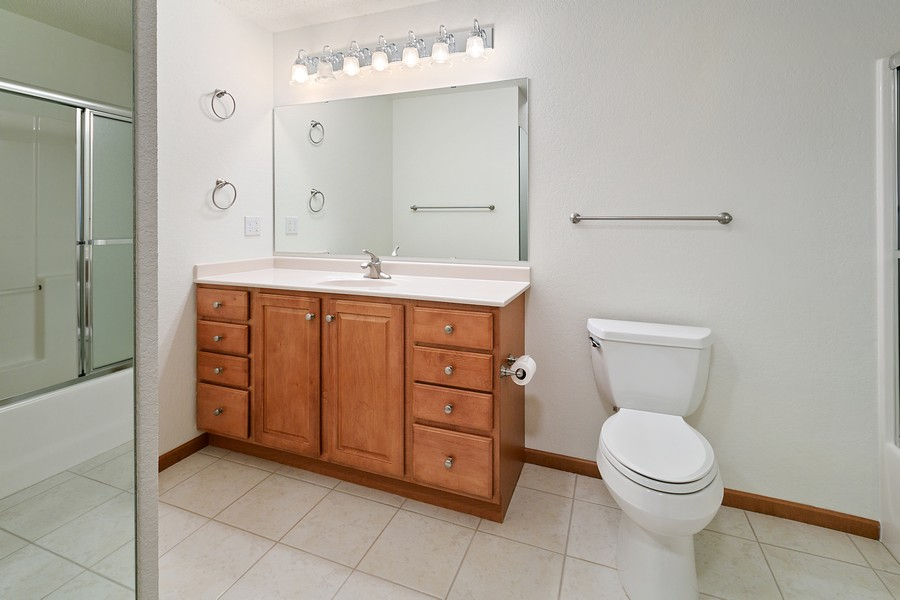 Real Estate Photography - 6600 Lyndale Ave S, Unit 1204, Richfield, MN, 55423 - Bathroom
