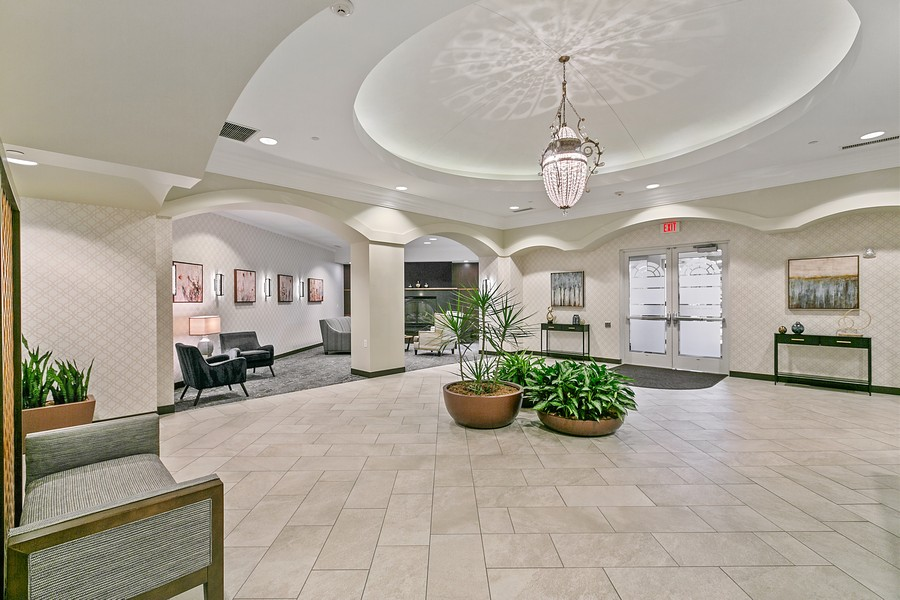 Real Estate Photography - 6600 Lyndale Ave S, Unit 1204, Richfield, MN, 55423 - Entryway