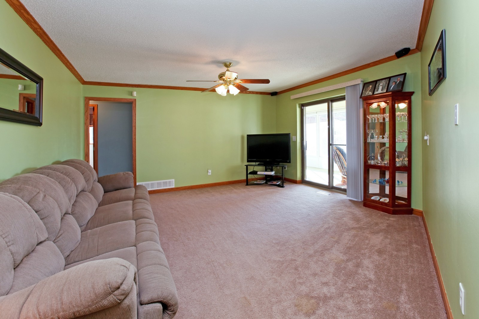Real Estate Photography - 8095 Trail Haven Rd, Corcoran, MN, 55340 - Living Room