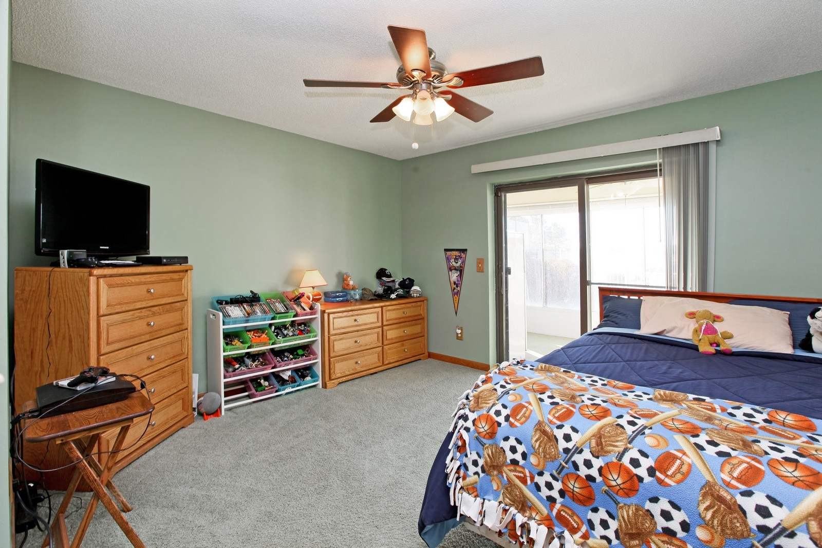 Real Estate Photography - 8095 Trail Haven Rd, Corcoran, MN, 55340 - 2nd Bedroom
