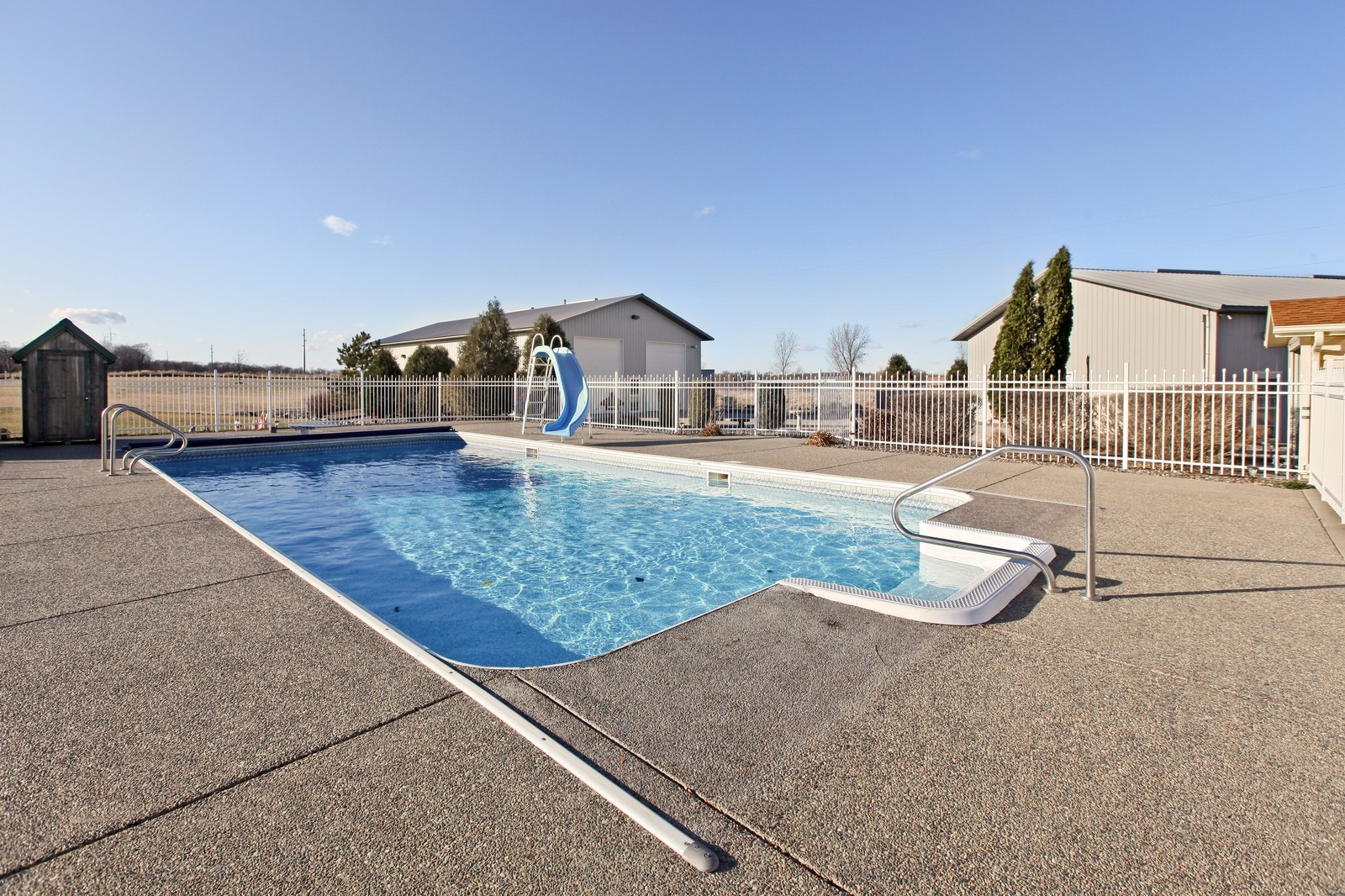 Real Estate Photography - 8095 Trail Haven Rd, Corcoran, MN, 55340 - Pool