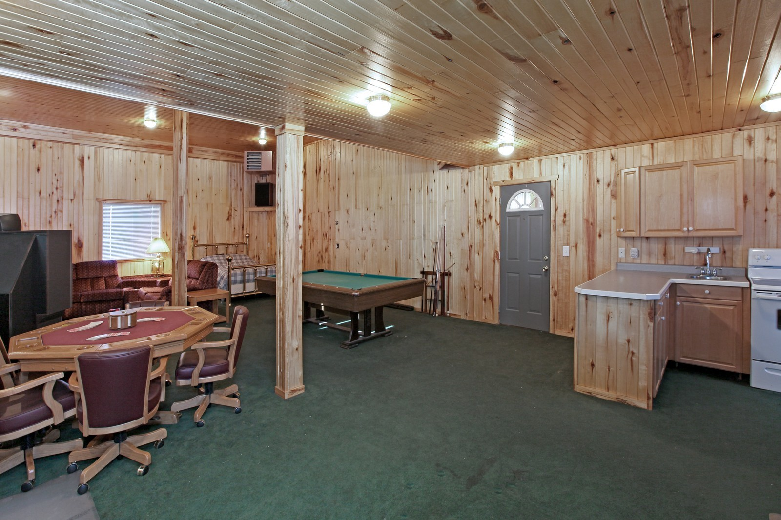 Real Estate Photography - 8095 Trail Haven Rd, Corcoran, MN, 55340 - Guest House