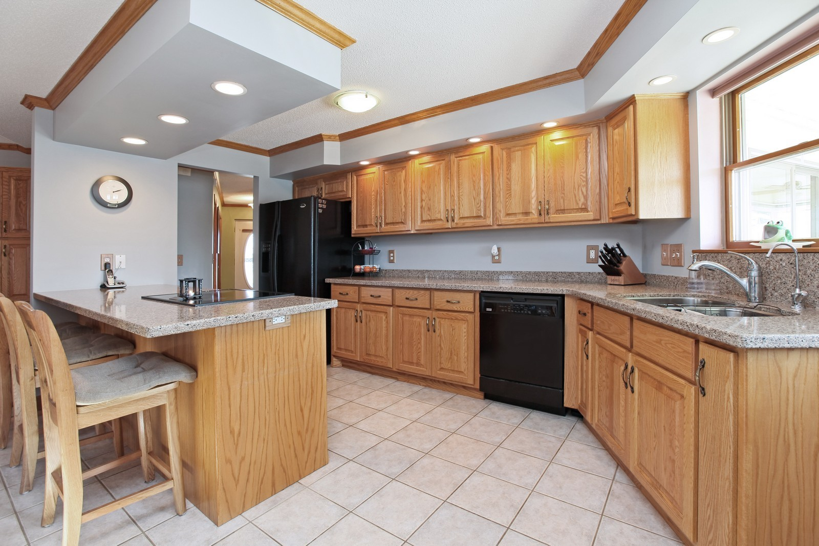 Real Estate Photography - 8095 Trail Haven Rd, Corcoran, MN, 55340 - Kitchen