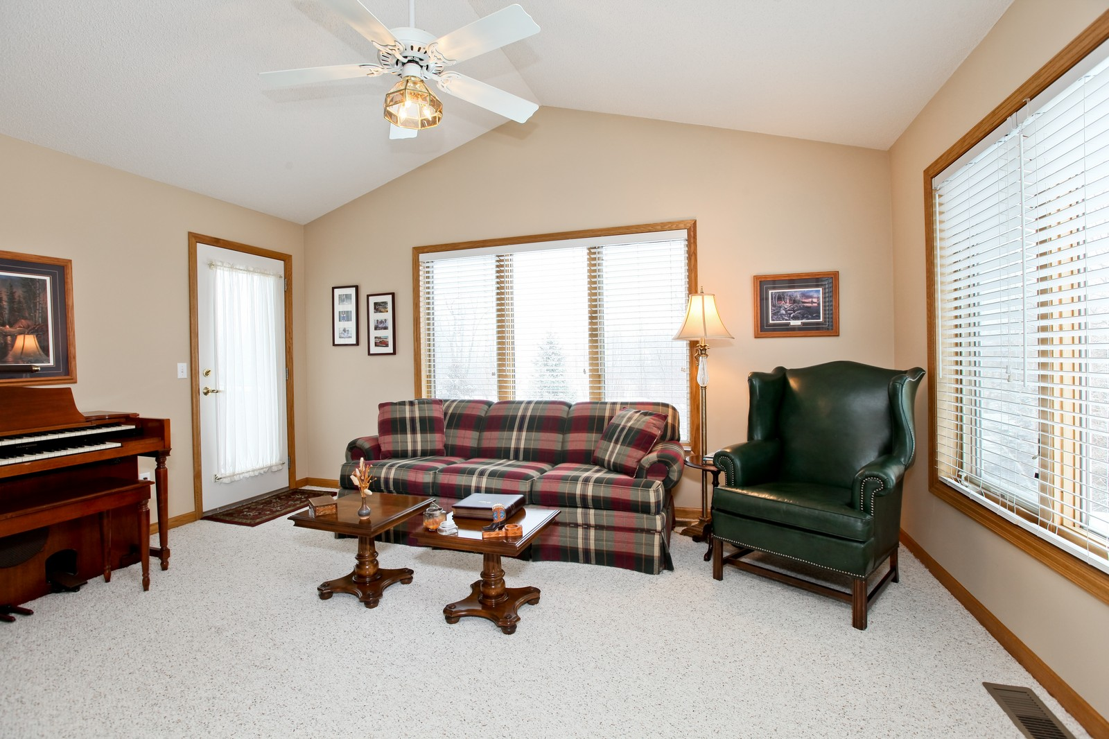 Real Estate Photography - 16020 38th Ave North, Plymouth, MN, 55446 - Sun Room