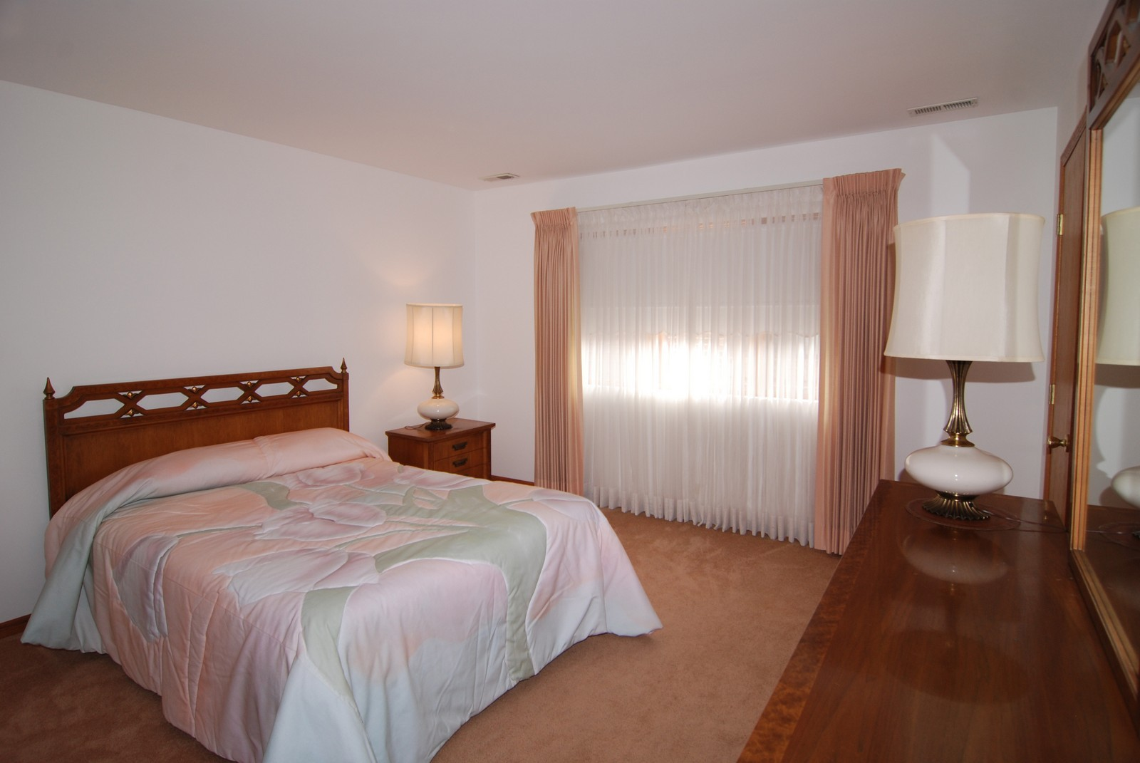 Real Estate Photography - 7610 26th St, Unit 4, North Riverside, IL, 60546 - Master Bedroom