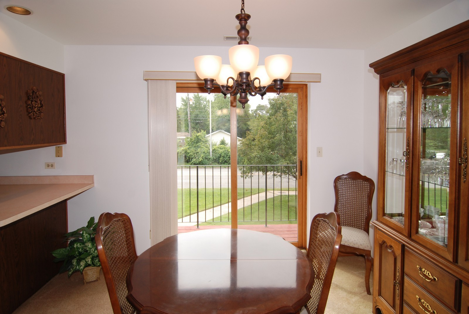 Real Estate Photography - 7610 26th St, Unit 4, North Riverside, IL, 60546 - Dining Room