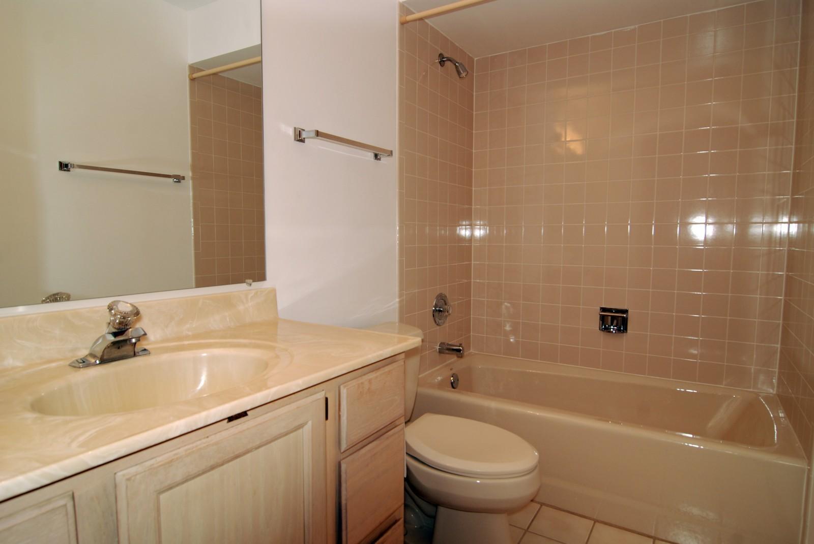 Real Estate Photography - 7610 26th St, Unit 4, North Riverside, IL, 60546 - Bathroom