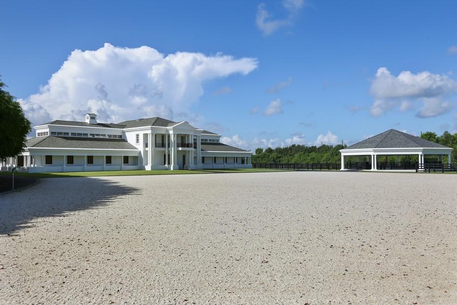 ... Real Estate Photography - 3495 Olde Hampton Dr, Wellington, FL, 33414 -  Front ...