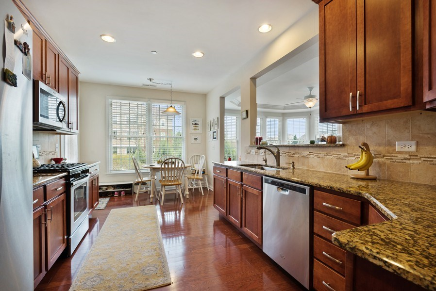 Real Estate Photography - 1698 Patriot Way, Glenview, IL, 60026 - Kitchen