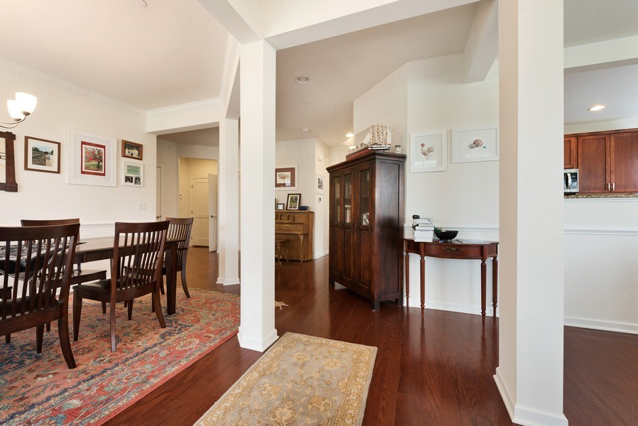 Real Estate Photography - 1698 Patriot Way, Glenview, IL, 60026 - Entryway