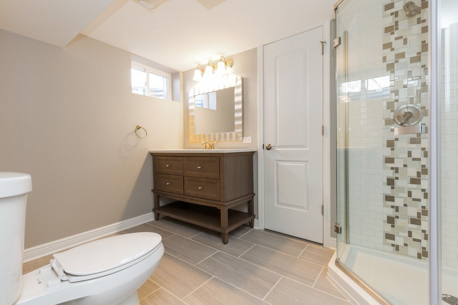 Real Estate Photography - 435 E Berry, Barrington, IL, 60010 - 2nd Bathroom