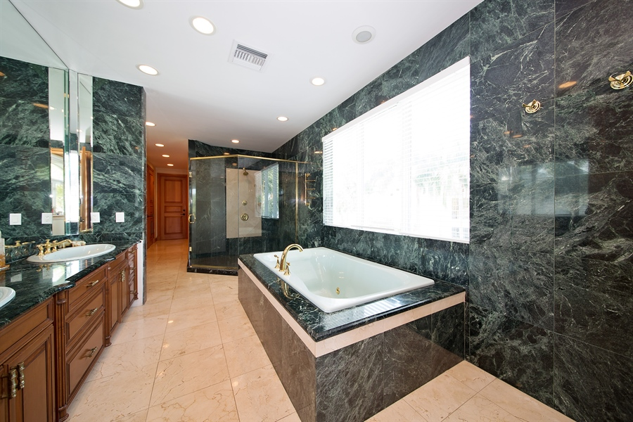 Real Estate Photography - 16461 NE 29th AV, North Miami Beach, FL, 33160 - Master Bathroom
