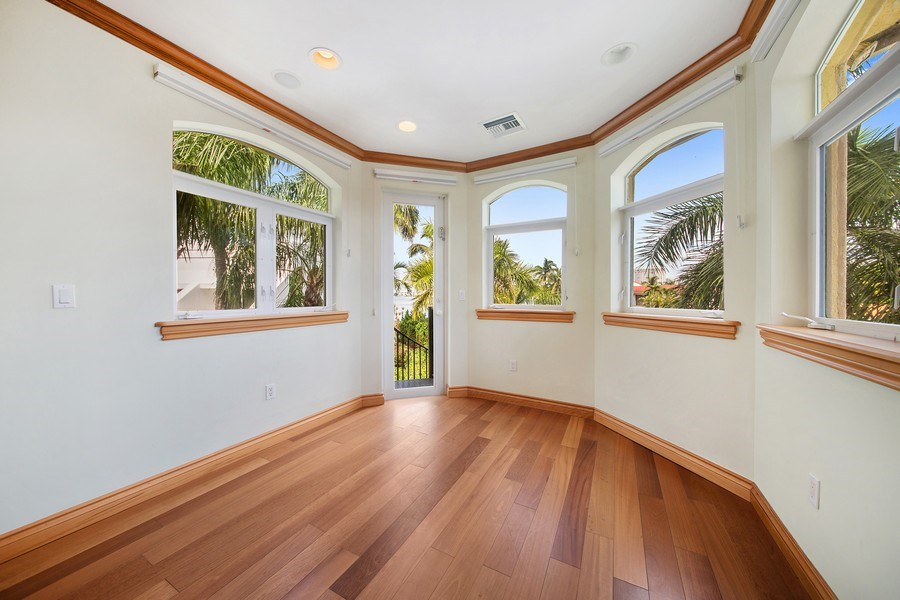 Real Estate Photography - 16461 NE 29th AV, North Miami Beach, FL, 33160 - Bonus Room