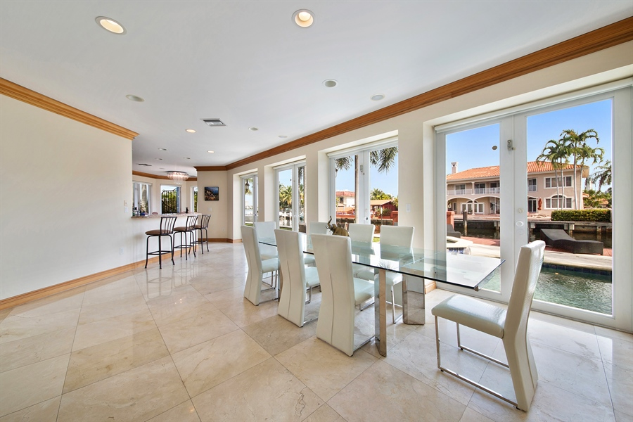 Real Estate Photography - 16461 NE 29th AV, North Miami Beach, FL, 33160 - Dining Room