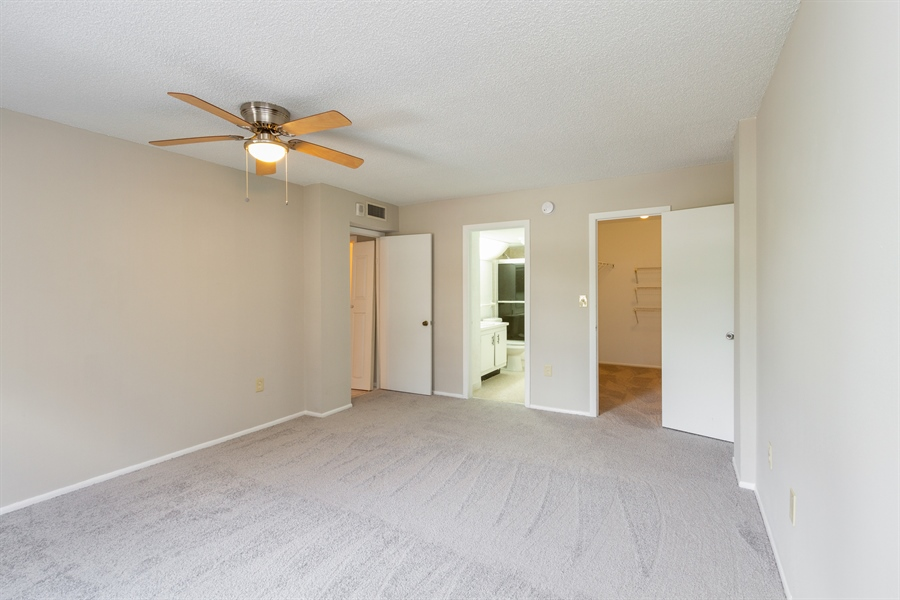 Real Estate Photography - 4164 INVERRARY DR APT 201, LAUDERHILL, FL, 33319 -