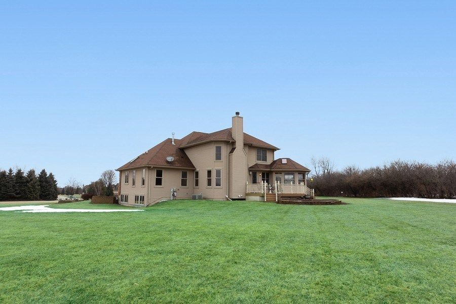 Real Estate Photography - 6513 Sweet Bay, McHenry, IL, 60050 - Rear View