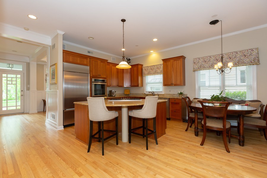 Real Estate Photography - 612 S Lincoln, Hinsdale, IL, 60521 - Kitchen