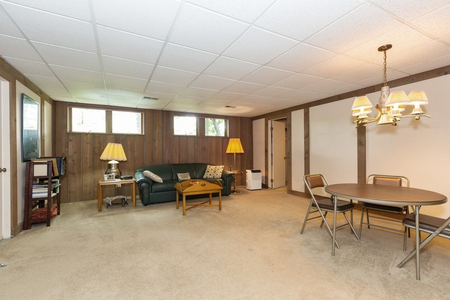 Real Estate Photography - 19w284 Paul Revere Ln, Oak Brook, IL, 60523 - Basement