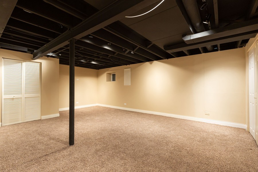 Real Estate Photography - 925 Kennebec Ln, Naperville, IL, 60563 - Basement