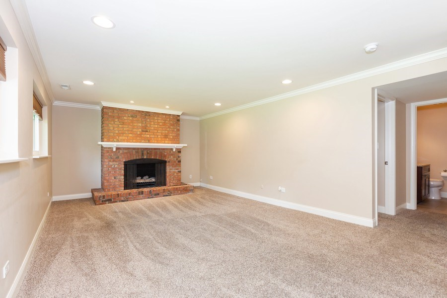 Real Estate Photography - 925 Kennebec Ln, Naperville, IL, 60563 - Family Room