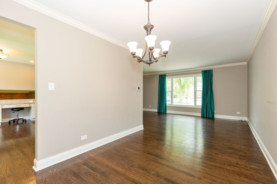 Real Estate Photography - 925 Kennebec Ln, Naperville, IL, 60563 - Dining Room
