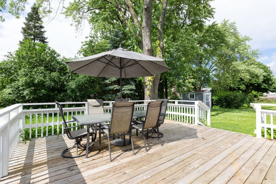 Real Estate Photography - 925 Kennebec Ln, Naperville, IL, 60563 - Deck
