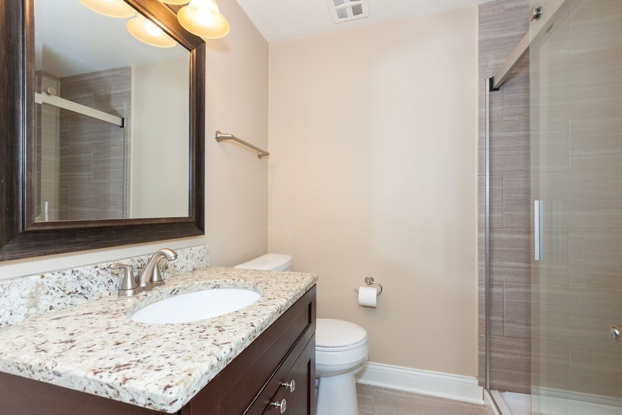 Real Estate Photography - 925 Kennebec Ln, Naperville, IL, 60563 - 2nd Bathroom