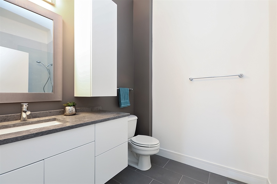 Real Estate Photography - 2323 W Pershing Rd, Unit 505, Chicago, IL, 60609 - 2nd Bathroom
