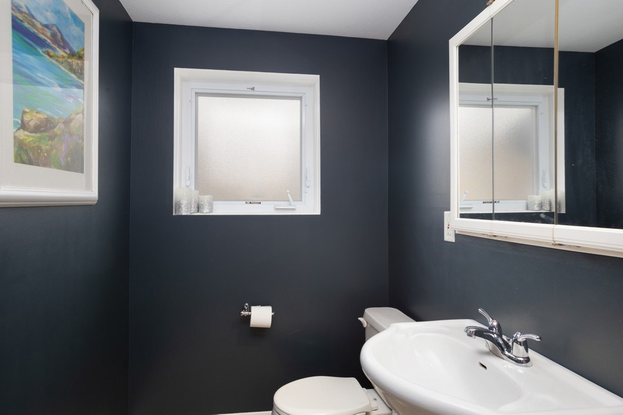 Real Estate Photography - 557 n Plamondon dr, Addison, IL, 60101 - Powder Room