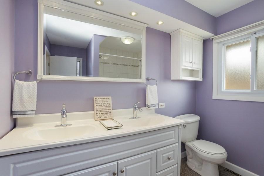 Real Estate Photography - 557 n Plamondon dr, Addison, IL, 60101 - Bathroom