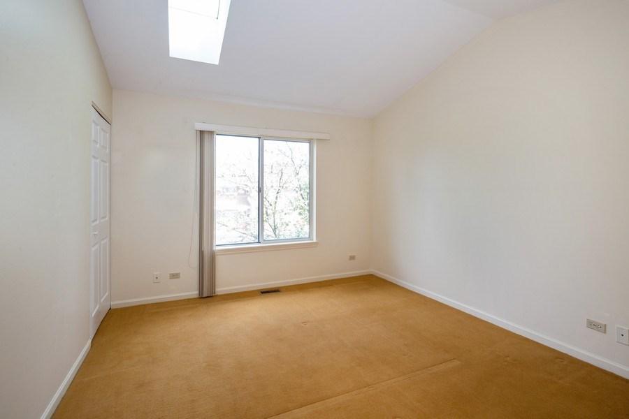 Real Estate Photography - 2651 S Cedar Glen, Arlington Heights, IL, 60005 - Master Bedroom