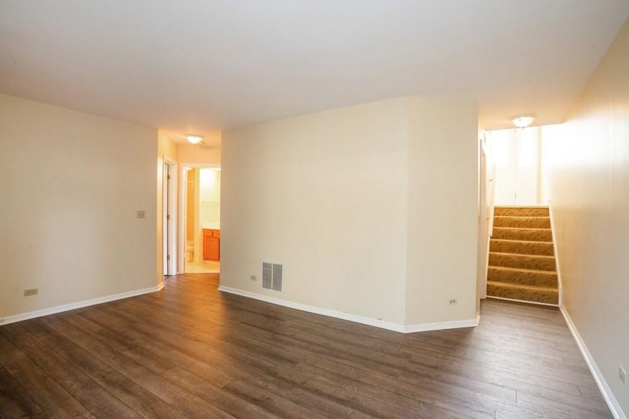 Real Estate Photography - 2651 S Cedar Glen, Arlington Heights, IL, 60005 - Family Room