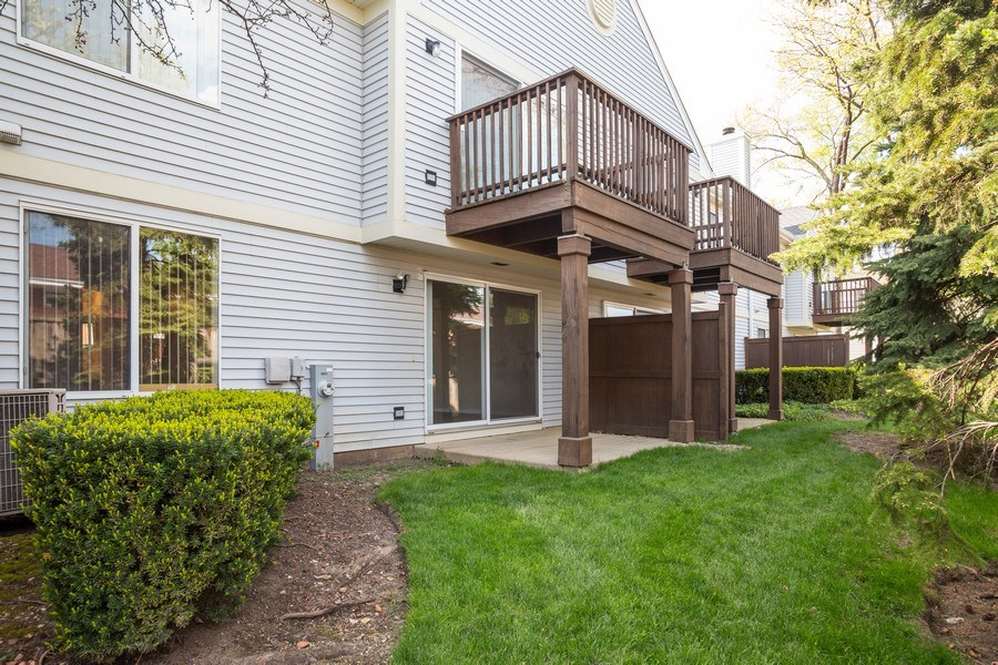 Real Estate Photography - 2651 S Cedar Glen, Arlington Heights, IL, 60005 - Rear View
