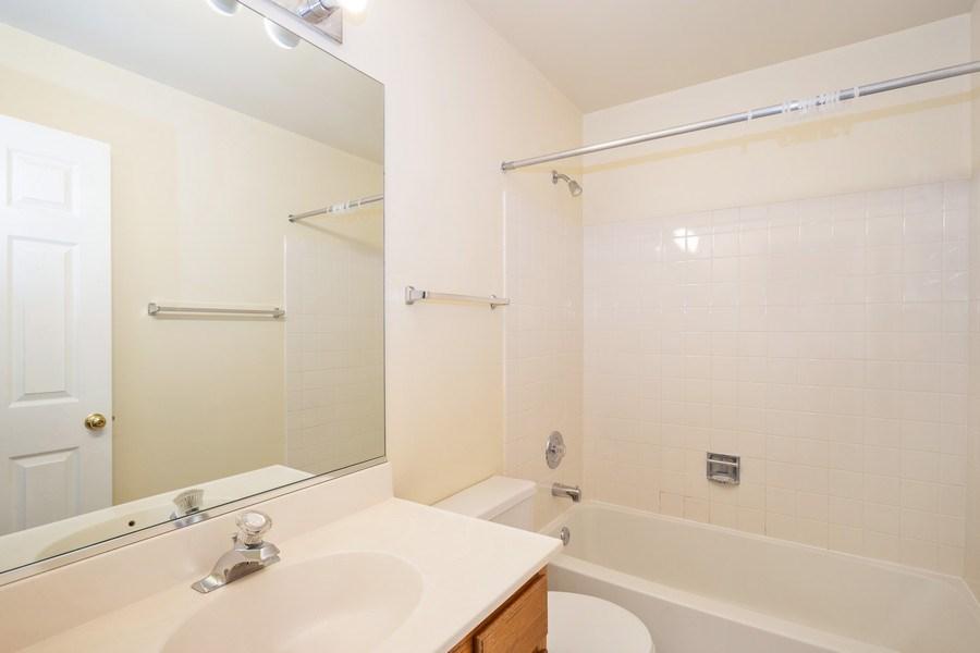 Real Estate Photography - 2651 S Cedar Glen, Arlington Heights, IL, 60005 - Bathroom