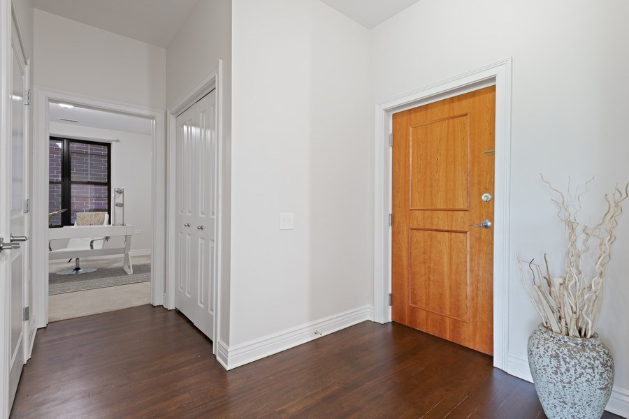 Real Estate Photography - 3300 W Irving Park Rd, Unit 3H, Chicago, IL, 60618 - Entryway