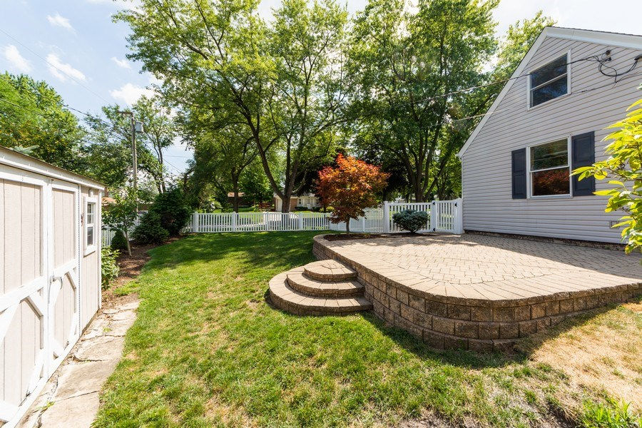 Real Estate Photography - 40 E Daniels Rd., Palatine, IL, 60067 - Side View