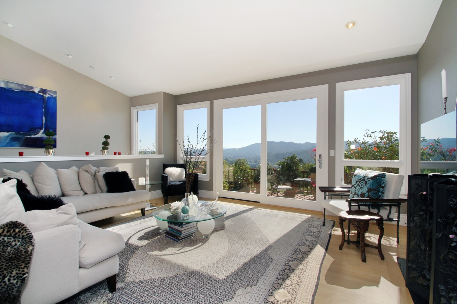 Real Estate Photography - 73 Upper Toyon Drive, Kentfield, CA, 94904 - Living Room